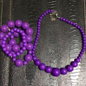 Jewelry - Purple beads necklace and bracelets